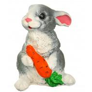 Заяц с морковью Садовая фигура